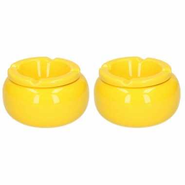 2x stuks ronde stormasbakken geel 11 cm